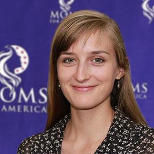 Anna Reynolds, MomMemo - Moms for America Team
