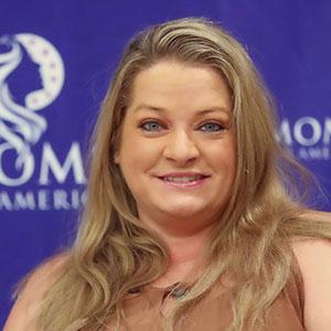 Vivian Brown, MomLinks Manager - Moms for America Team